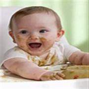 从追着喂饭变为自觉进食,家长需要做些改变!