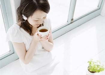痛经可以喝蜂蜜水吗 缓解痛经的方法有几种