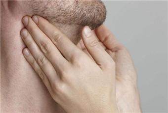 咽喉炎的早期症状是什么呢