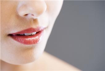 什么是唇疱疹呢