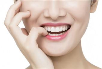 牙齿美白用什么方法的呢