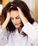 女人脱发的症状有哪些 原因有啥呢