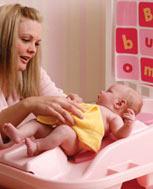 小儿荨麻疹应该如何治疗 可以服药治疗吗